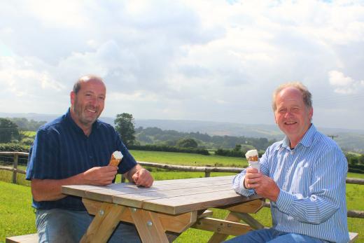 Furzeleigh Down Dairy ice cream happy customers