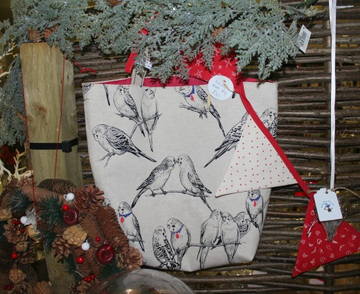 flowers-wreaths-gifts-busy-bee-east-devon-bag