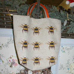 flowers-wreaths-gifts-busy-bee-east-devon-bee-bag