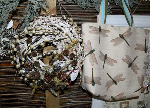 flowers-wreaths-gifts-busy-bee-east-devon-dragon-fly-bag