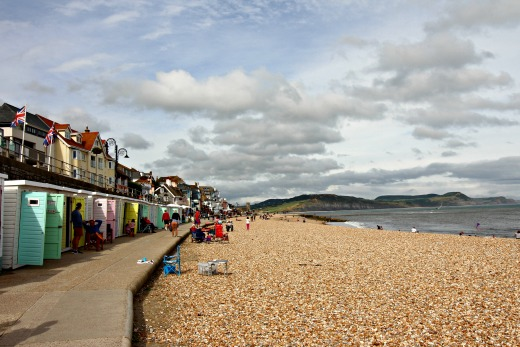 open top bus sightseeing tour devon and dorset lyme regis beach