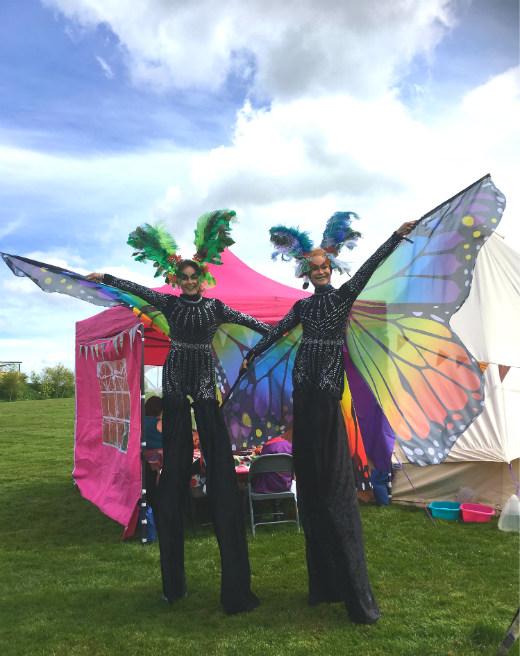Great Devon Music Festivals - Pigstock ladies on stilts
