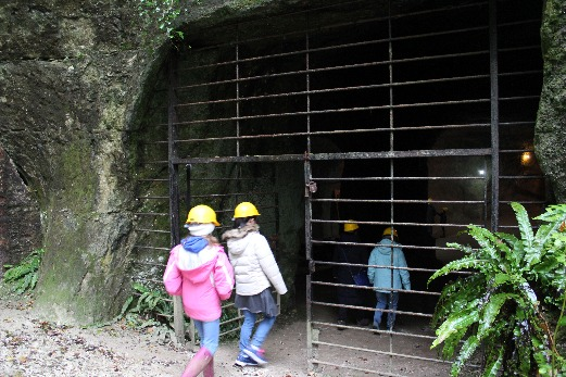 Beer Quarry Caves entrance