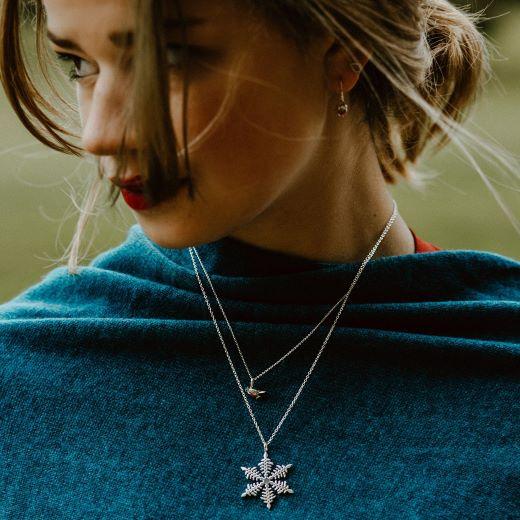 Reeves and Reeves jewellery silver snowflake